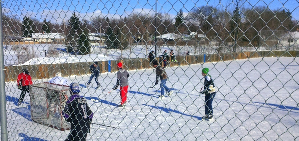 outdoor-hockey